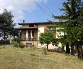 Farmhouse Stay at Santa Maria Lombardy with Pool