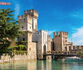 LUCKY APARTMENT SIRMIONE