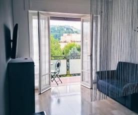 Appartamento con terrazzo zona ospedale civile
