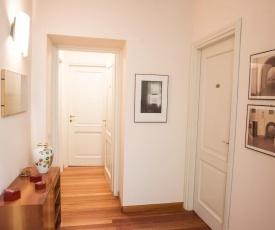 """Lo Studio"" Urban Room - By House Of Travelers -"