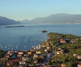 Villa Lillo mit privatem Pool Nähe Seeufer in Manerba del Garda