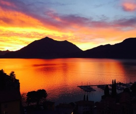 Fall In Love with Como Lake