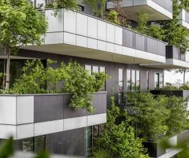 Bosco Verticale Halldis Apartments