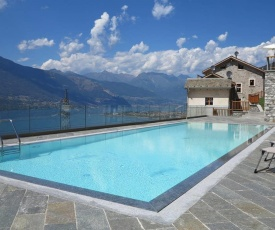 Spectacular views and modern living on Lake Como